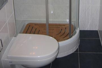 Kleines Bad - kleines.bad-muenchen.de